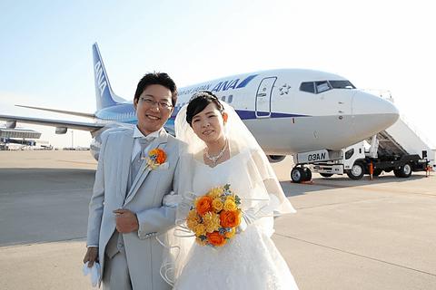 セントレアとana 空の上での結婚式 実施 機内で挙式 空港で披露宴 福原愛選手もお祝いメッセージ トラベル Watch