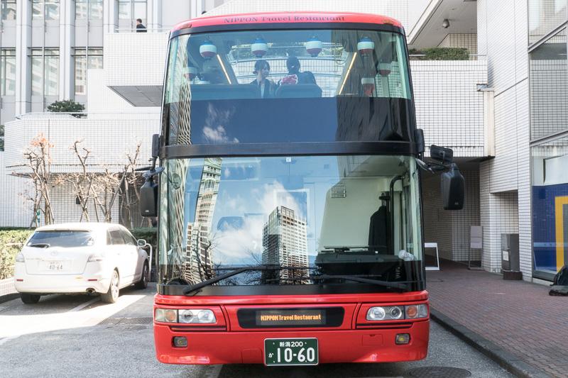 2階建てのバス