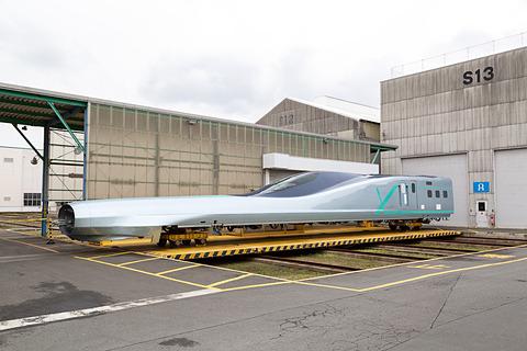 写真で見る、JR東日本「ALFA-X(アルファエックス)」新青森駅側先頭車 ...