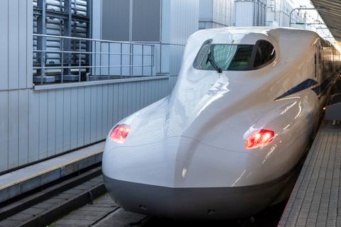 JR東海、新幹線新型車両「N700S」に乗ってみた。全席にコンセント、リクライニングはより快適に 停電時も内蔵バッテリーで最寄り駅まで移動可能 -  トラベル Watch