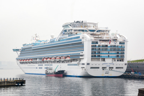 客船 コロナ ウイルス 横浜の客船、新たに41人が新型コロナ WHOは日本の感染者に含めず