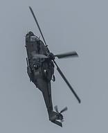 パリ航空ショー2015に登場した軍...