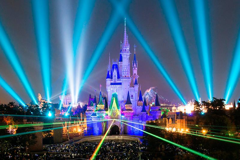 PC Watch東京ディズニーランド・ディズニーシーで年越しできる「ニューイヤーズ・イヴ・パスポート」を9月12日から受付開始