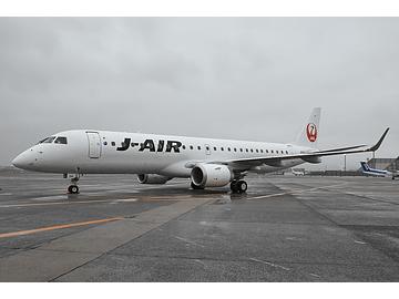 JAL、新導入の「エンブラエル 19...